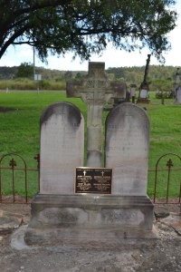 The grave of George and Mary Kunkel at Murphys Creek, Qld